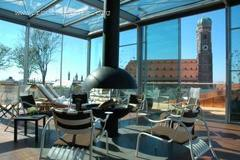 Bayerischer Hof Blue Spa Bar & Lounge