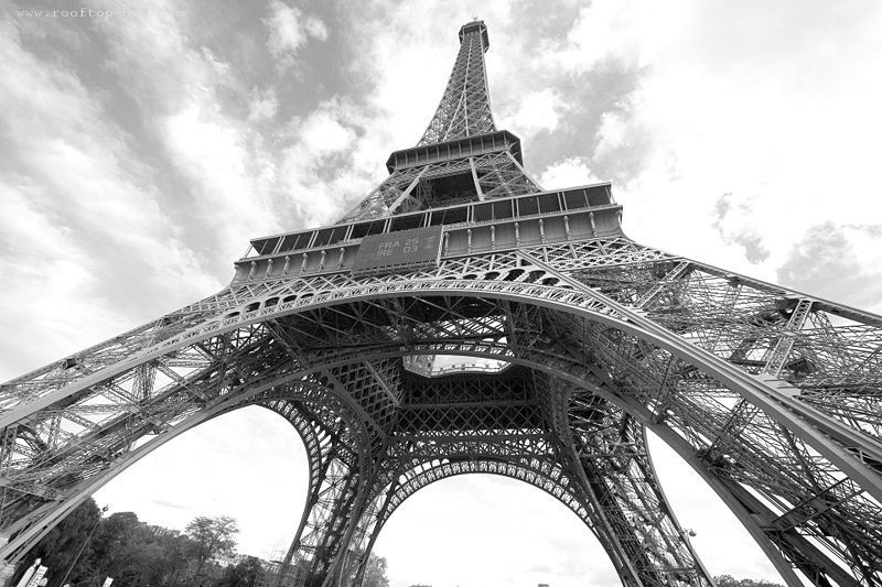 Eiffel Tower in 2007